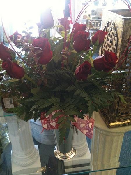 One Dozen Roses-